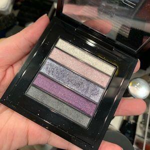 MAC Eyeshadow palette Plumluxe